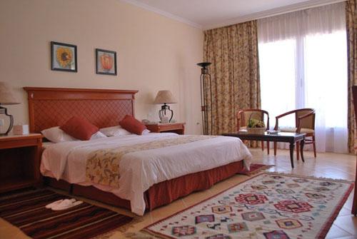 Фото отеля Amwaj Oyoun Hotel & Resort 5* (Амваж Оюн Отель энд Резорт 5*)