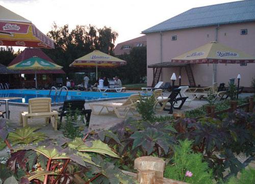 Фото гостиничного комплекса «Тройка»