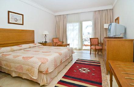 Фото отеля Continental Plaza Beach Resort 5* (Континенталь Плаза Бич Резорт 5*)