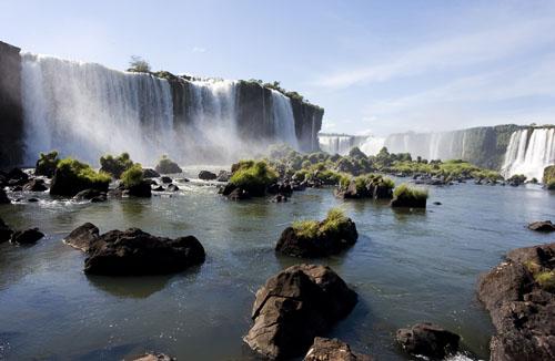 Фото - Водопад Игуасу (Национальный парк Игуасу, Бразилия, Аргентина)