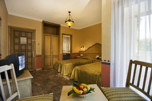 Фото отеля Larissa Akman Park Hotel 4* (Лариса Акман Парк Отель 4*)