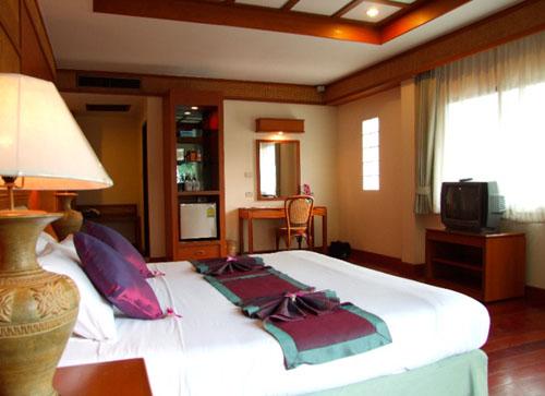 Aiyara grand hotel 4 отзывы