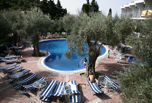 Фото отеля Vile Oliva 4* (Вилла Олива 4*)