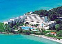 Фото отеля Sani Beach Hotel & Spa 5* (Сани Бич Отель энд Спа 5*)