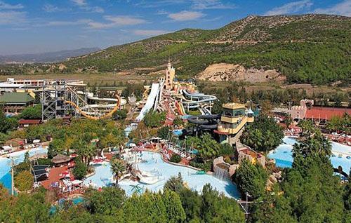1332418512_aqua-fantasy-aquapark-hotel-s