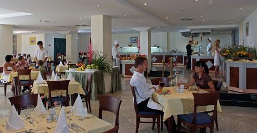 Фото отеля Iberostar Bellevue 4* (Иберостар Бельвью 4*)