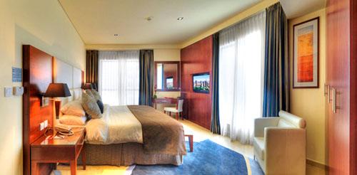 Фото отеля Ramada Plaza Jumeirah Beach Residence 4* (Рамада Плаза Джумейра Бич Резиденс 4*)