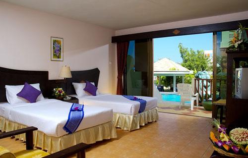 Фото отеля Kata Sea Breeze Resort 3* (Ката Си Бриз Резорт 3*)