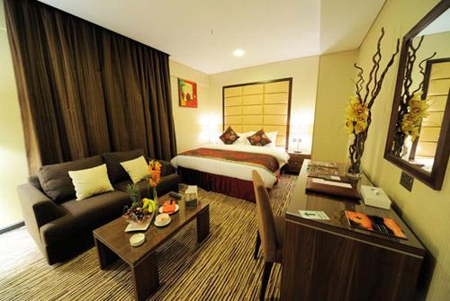 Фото отеля Al Hamra Hotel Sharjah 4* (Аль Хамра Отель Шарджа 4*)