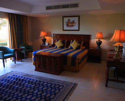 Фото отеля Al Hamra Village Golf & Beach Resort 4* (Аль Хамра Вилладж Гольф энд Бич Резорт 4*)