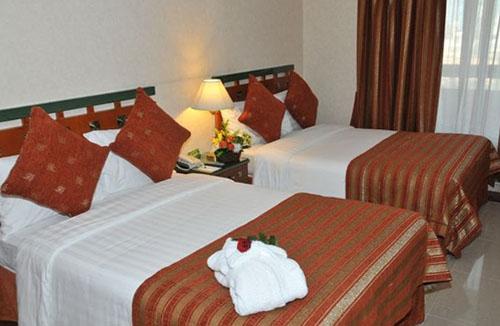 Фото отеля Holiday International Sharjah 4* (Холидей Интернешнл Шарджа 4*)