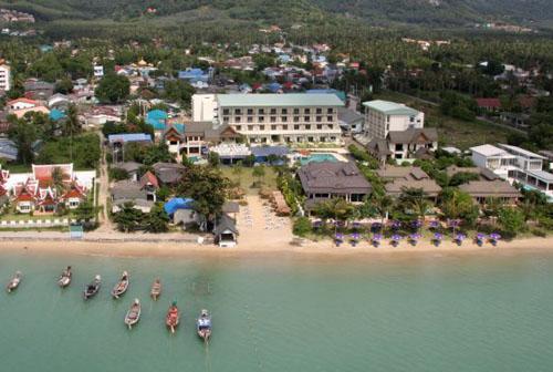 Фото отеля Chalong Beach Hotel & Spa 4* (Чалонг Бич Отель энд Спа 4*)