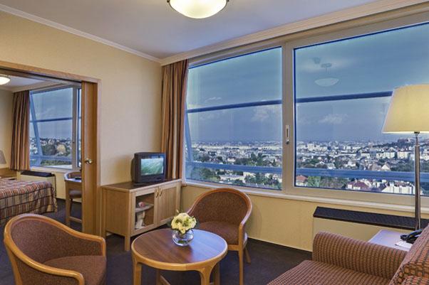 Фото отеля Danubius Hotel Budapest 4* (Данубиус Отель Будапешт 4*)