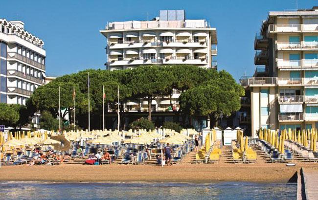Фото отеля Ambasciatori Palace 4* (Амбасчиатори Палас 4*)