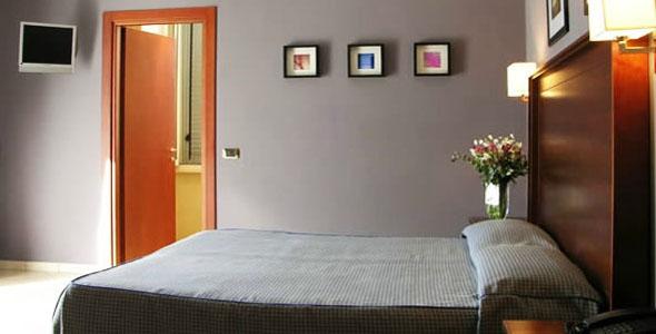 Фото отеля Taormina Hotel Rome 2* (Таормина Отель Рим 2*)
