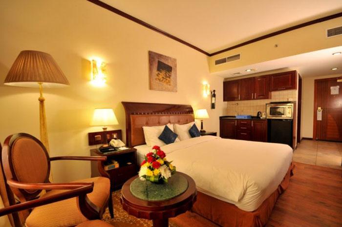 Фото отеля Tulip Inn Sharjah 4* (Тулип Ин Шарджа 4*)