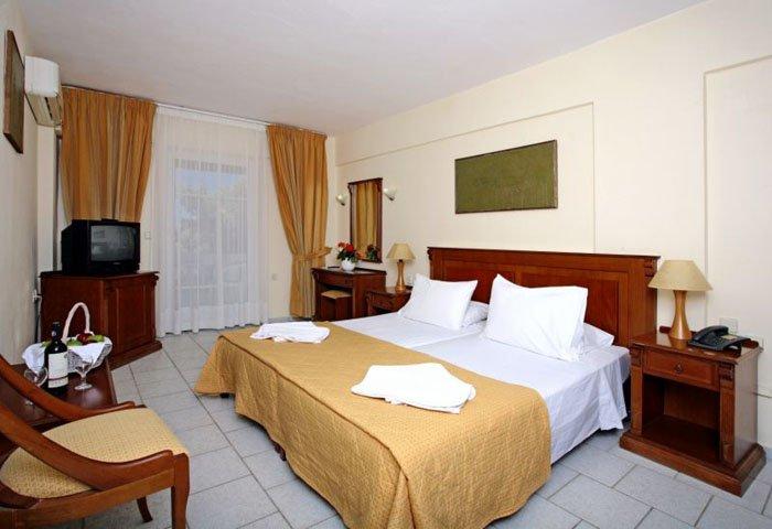 Фото отеля Alexander House Hotel 4* (Александр Хаус Отель 4*)
