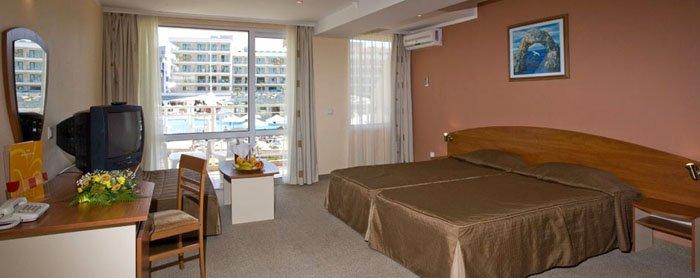Фото отеля DIT Evrika Beach Club Hotel 4* (ДИТ Эврика Бич Клуб Отель 4*)