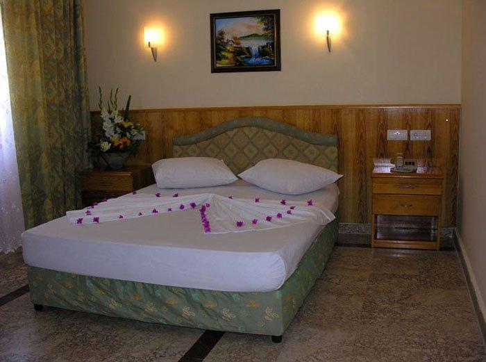 Фото отеля Adress Beach Hotel 3* (Адрес Бич Отель 3*)