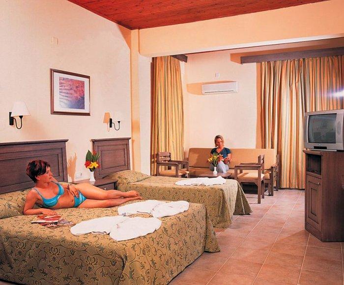Фото отеля Club Tropical Beach 4* (Клуб Тропикал Бич 4*)