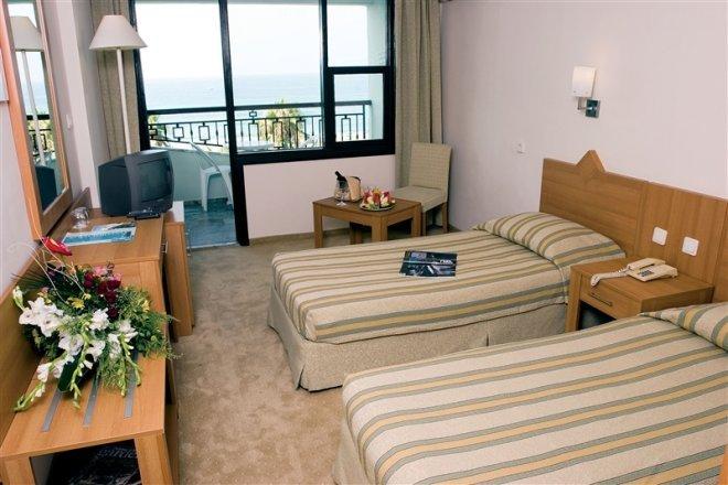 Фото отеля Elysee Hotel 4* (Элиси Отель 4*)