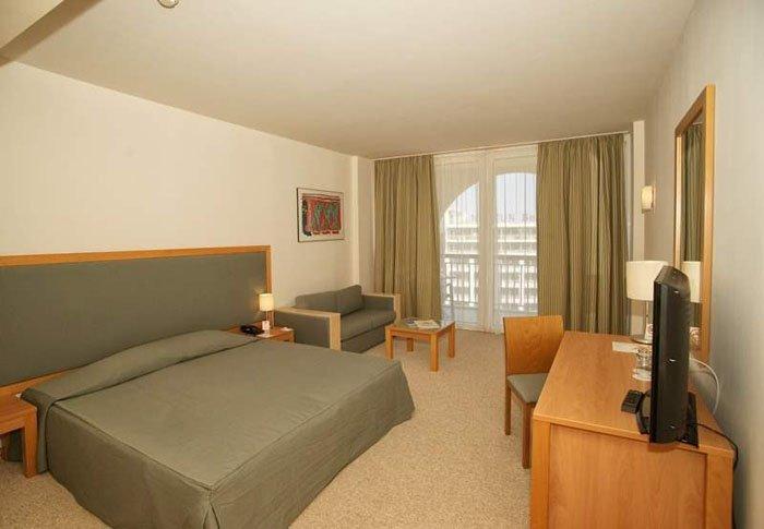 Фото отеля Iberostar Sunny Beach Resort 4* (Иберостар Санни Бич Резорт 4*)