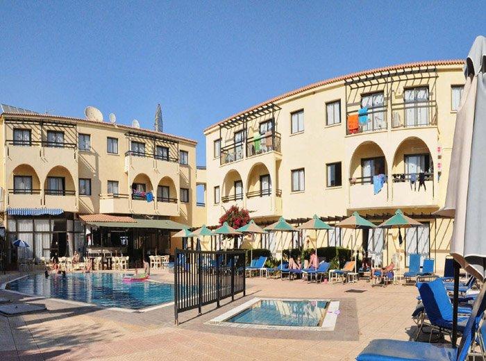 Фото отеля Amore Hotel Apartments 3* (Аморе Отель Апартментс 3*)