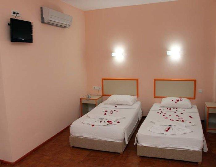 Фото отеля Idyros Hotel 3* (Идирос Отель 3*)