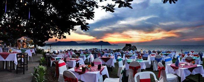 Фото отеля Sunset Village Beach Resort 3* (Сансет Вилладж Бич Резорт 3*)