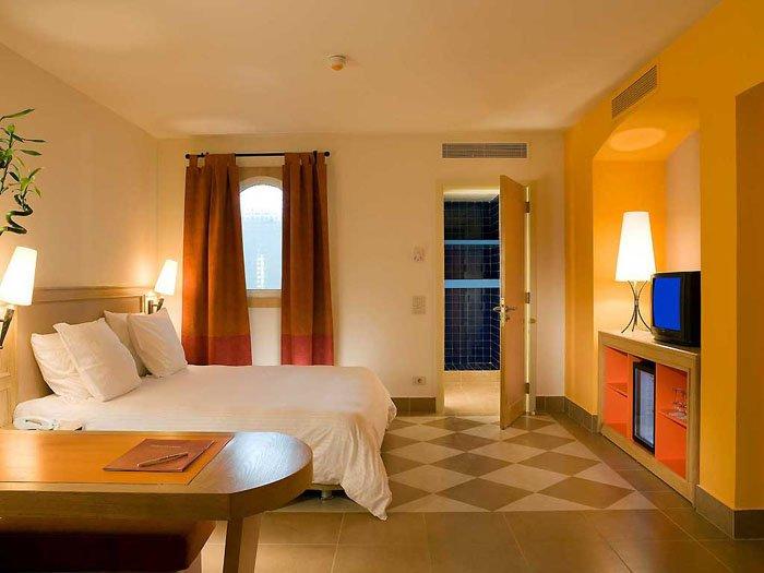 Номер отеля Novotel Beach Sharm El Sheikh 5* (Новотель Бич Шарм-эль-Шейх 5*)