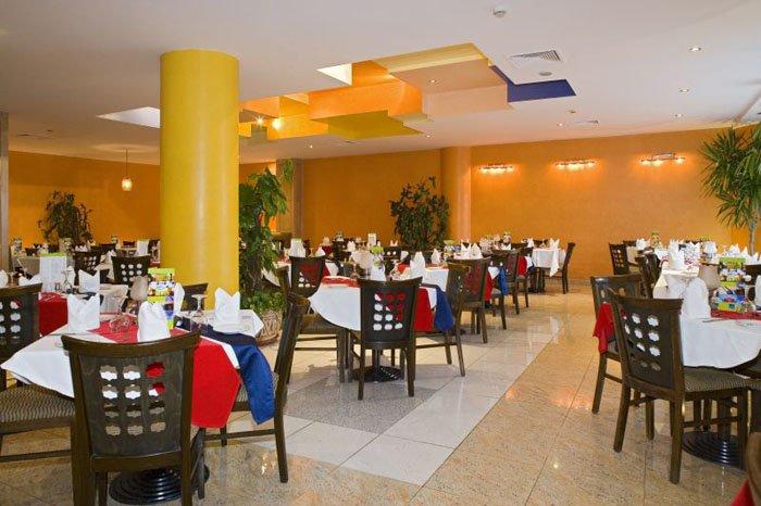 Ресторан отеля Novotel Beach Sharm El Sheikh 5* (Новотель Бич Шарм-эль-Шейх 5*)
