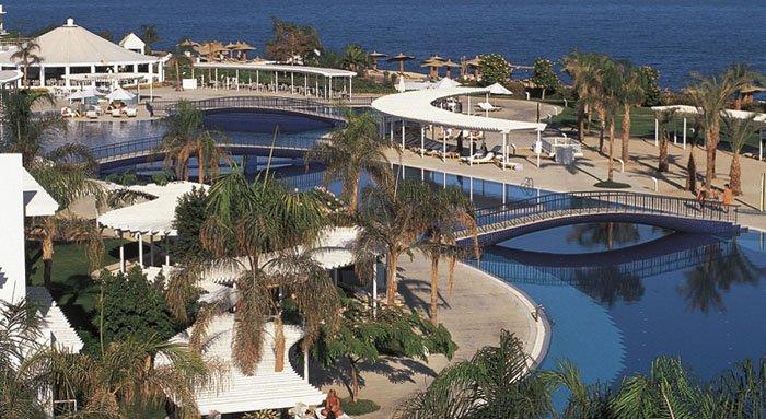 Бассейн отеля Monte Carlo Sharm El Sheikh 5* (Монте Карло Шарм-эль-Шейх 5*)