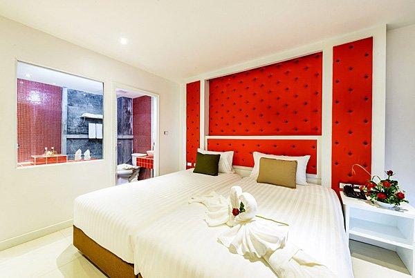 Фото отеля Raha Grand Hotel 3* (Раха Гранд Отель 3*)