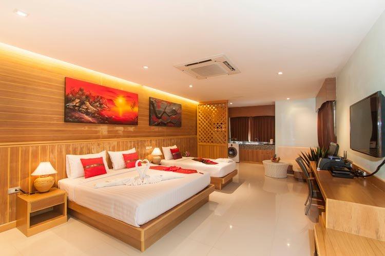 Фото отеля Azure Phuket Hotel 3* (Азур Пхукет Отель 3*)