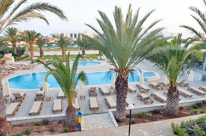 Фото отеля Atlantica Stavrolia Gardens 3* (Атлантика Ставролия Гарденс 3*)