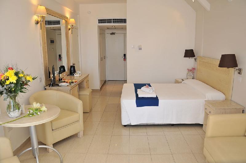 Фото отеля Princess Beach Hotel 4* (Принцесс Бич Отель 4*)