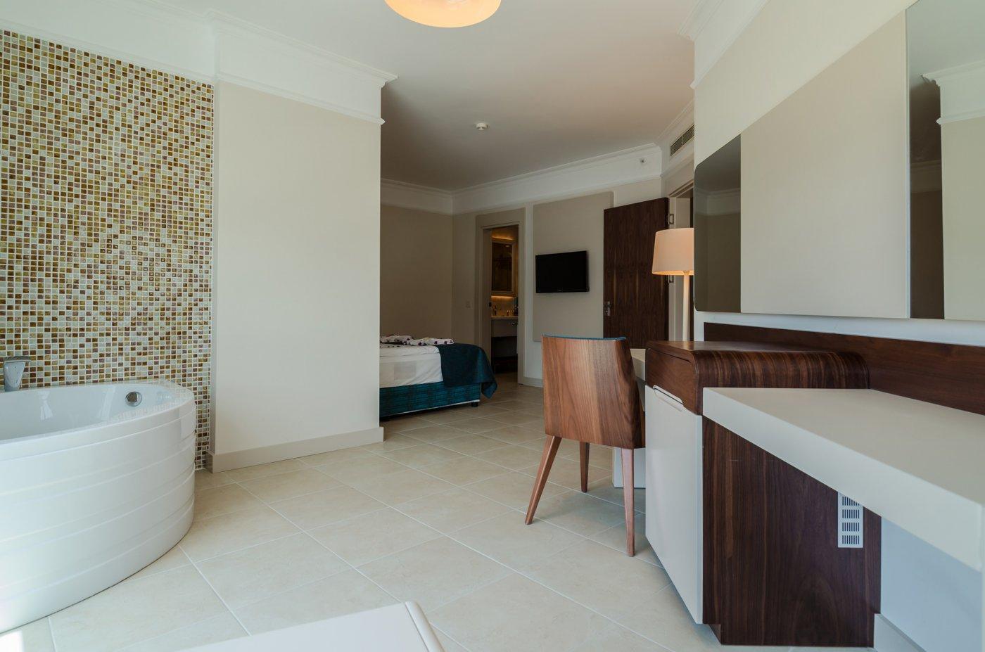 Фото отеля The Lumos Deluxe Resort Hotel & Spa 5* (Зе Люмос Делюкс Резорт Отель энд Спа 5*)