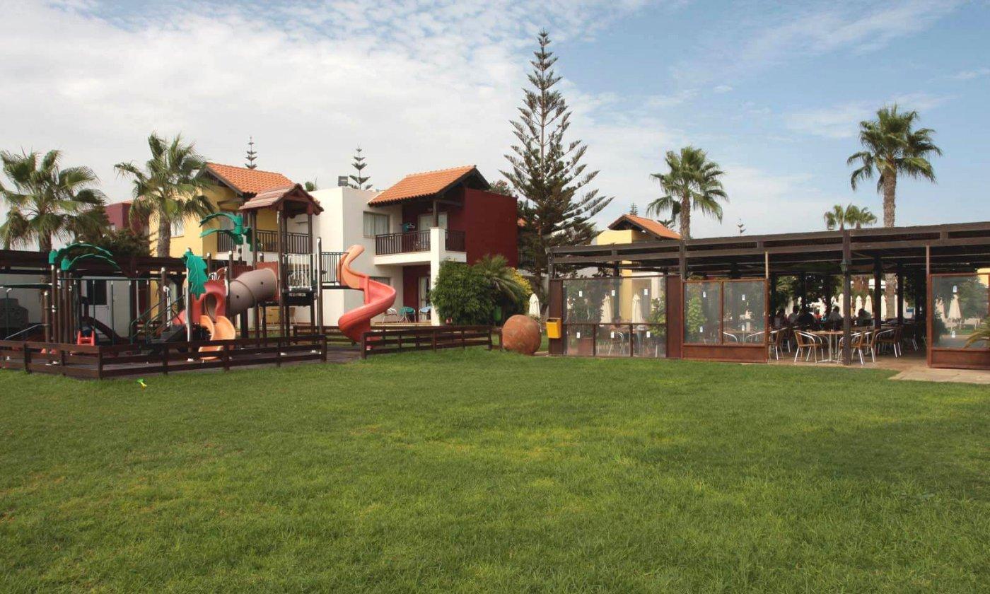 Фото отеля Panthea Holiday Village 4* (Пантея Холидей Виладж 4*)