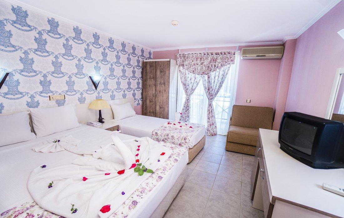 Номер отеля Avalon Beach Hotel 4* (Авалон Бич Отель 4*)
