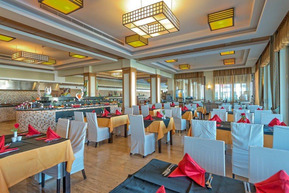 Ресторан отеля Royal Atlantis Spa Resort 5* (Роял Атлантис Спа Резорт 5*)