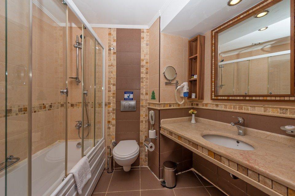 Ванная комната в номере Royal Atlantis Spa Resort 5* (Роял Атлантис Спа Резорт 5*)