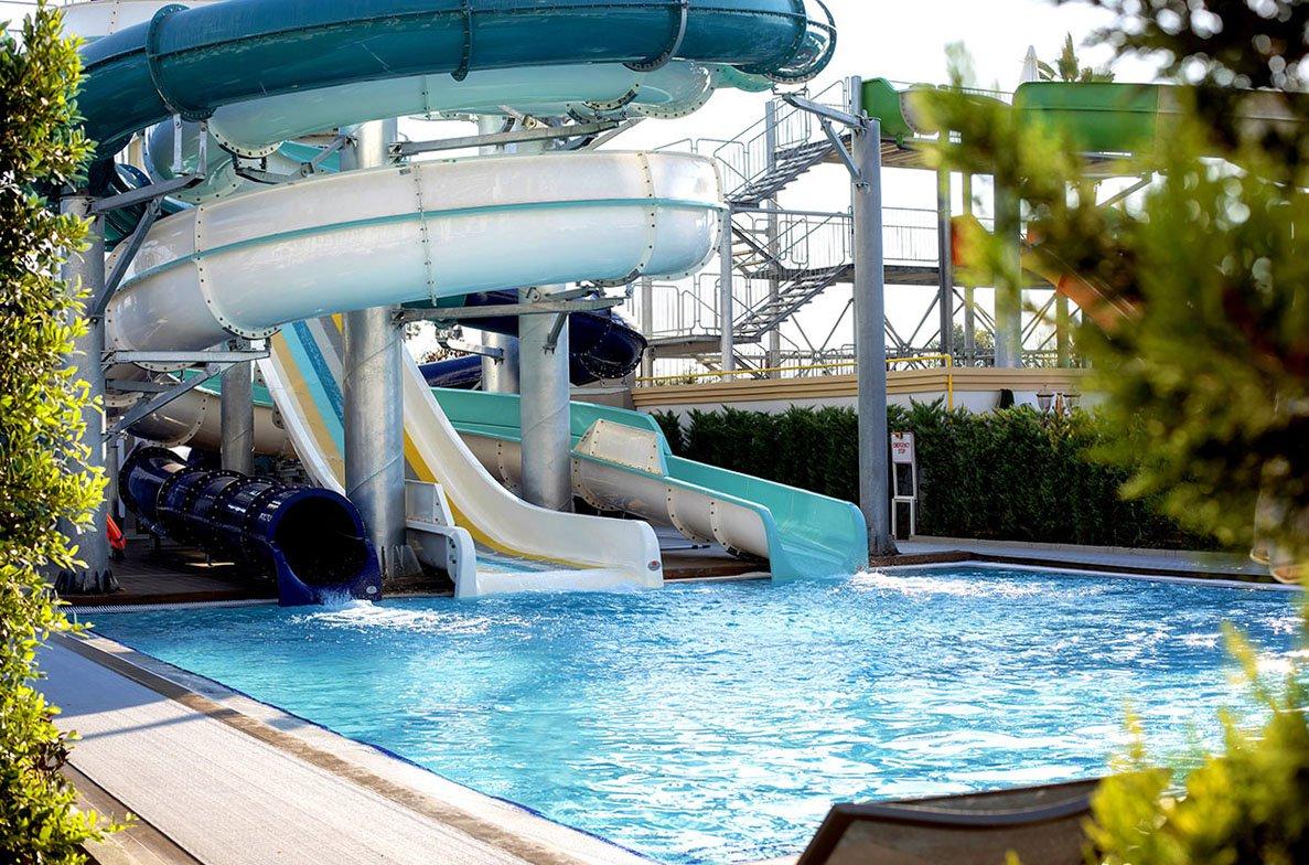 Водные горки отеля Riolavitas Spa & Resort 5* (Риолавитас Спа энд Резорт 5*)