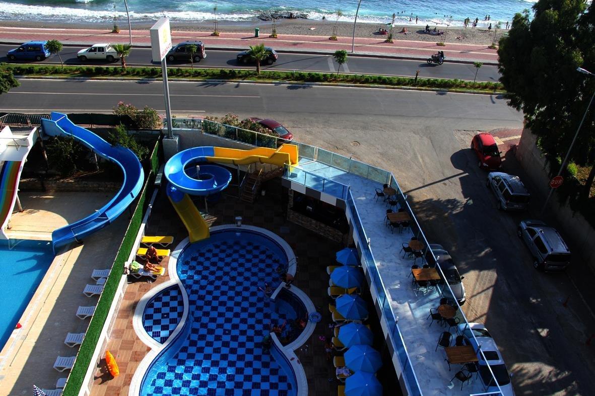Пляж отеля Angel Beach Hotel 4* (Ангел Бич Отель 4*)