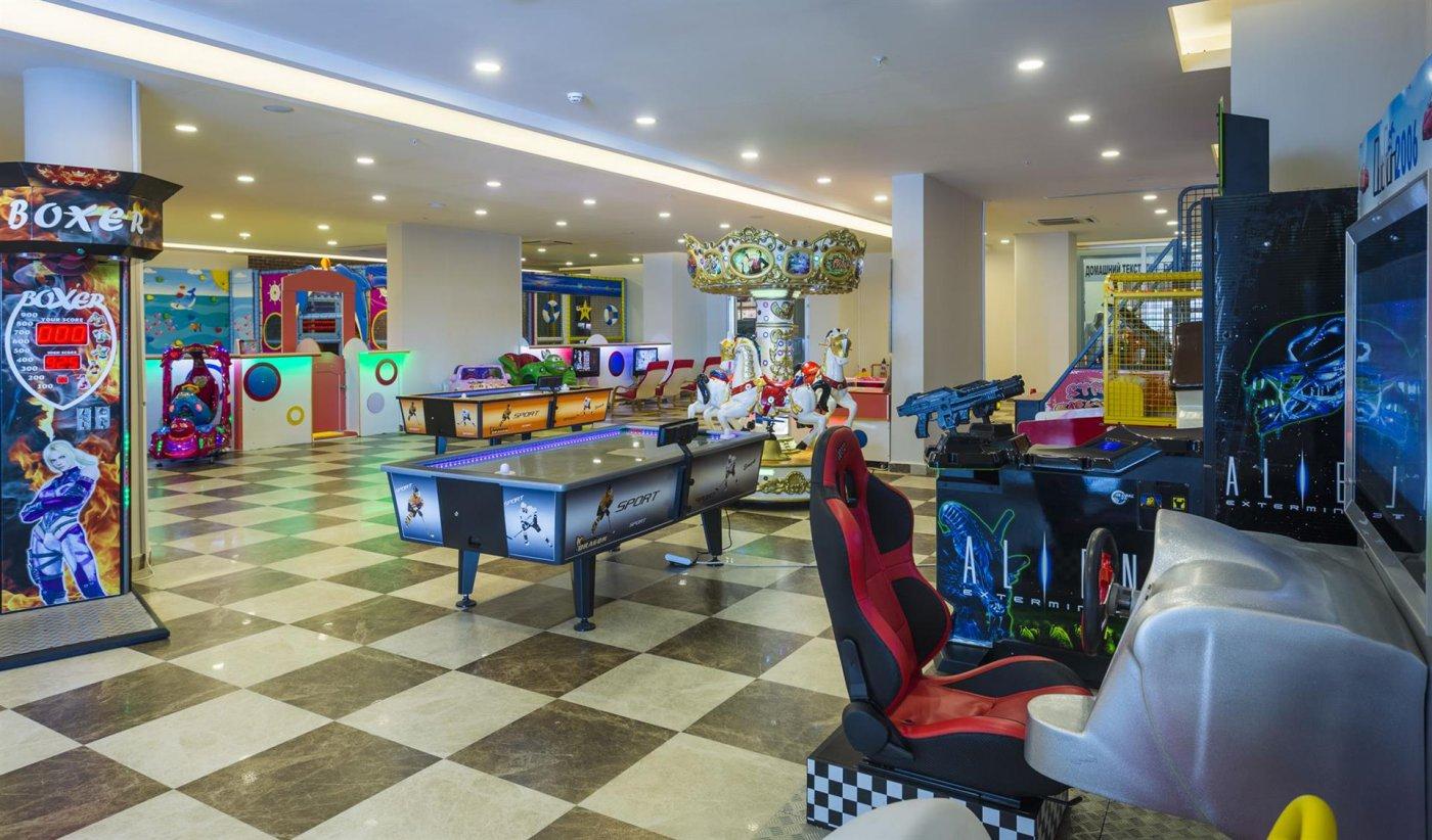 Игровой зал Lonicera Resort & Spa 5* (Лонисера Резорт энд Спа 5*)