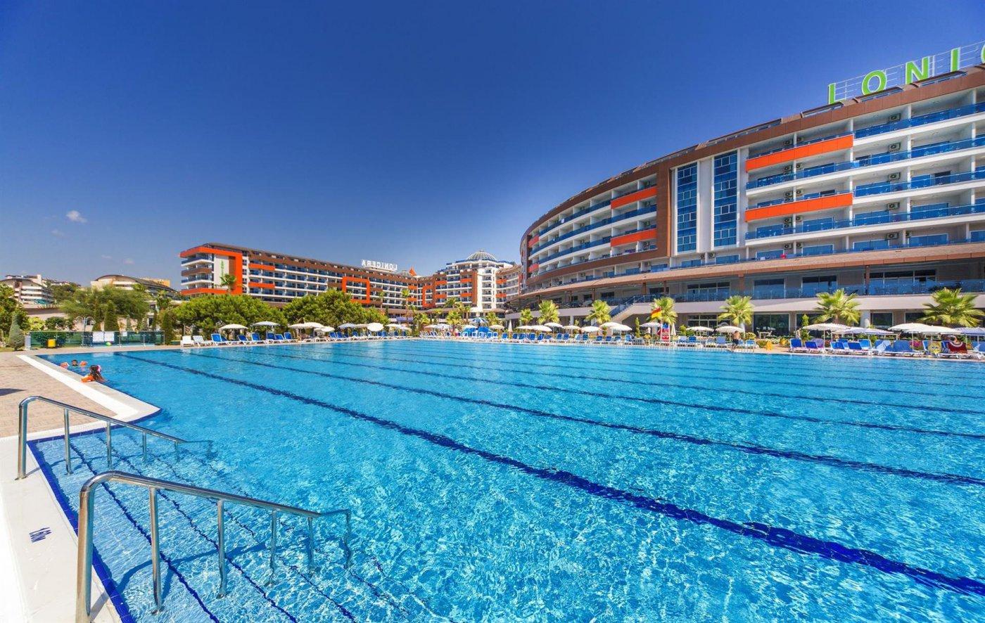 Корпус отеля Lonicera Resort & Spa 5* (Лонисера Резорт энд Спа 5*)